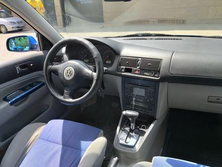 Volkswagen Golf 1999 года за 2 500 000 тг. в Семей
