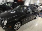 Mercedes-Benz E 320 2000 года за 3 990 000 тг. в Павлодар