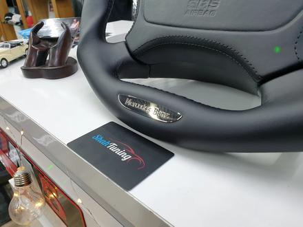 Анатомический руль дизайн Victor для модельного ряда Mercedes за 140 000 тг. в Алматы – фото 2