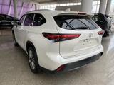 Toyota Highlander 2021 года за 34 500 000 тг. в Алматы – фото 5