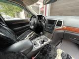 Jeep Grand Cherokee 2012 года за 8 500 000 тг. в Уральск – фото 4