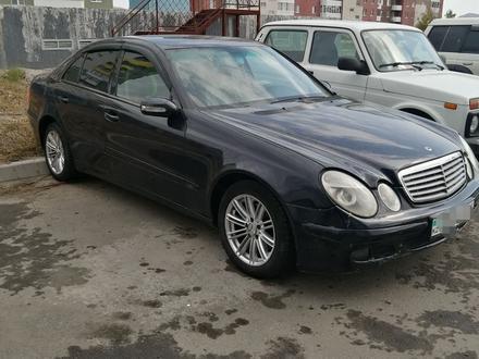 Mercedes-Benz E 240 2002 года за 3 000 000 тг. в Усть-Каменогорск – фото 2