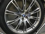 Оригинальный комплект колес с BMW 7 за 1 300 000 тг. в Нур-Султан (Астана)