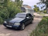 Mercedes-Benz C 200 1995 года за 2 050 000 тг. в Петропавловск