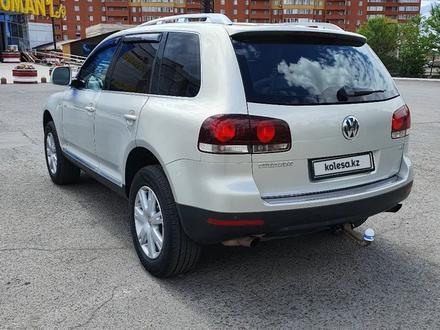 Volkswagen Touareg 2007 года за 5 300 000 тг. в Нур-Султан (Астана) – фото 2