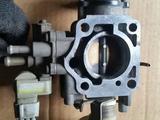 Дроссельная заслонка для двигателя за 20 000 тг. в Усть-Каменогорск – фото 2