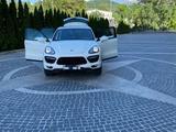Porsche Cayenne 2011 года за 15 500 000 тг. в Алматы – фото 3