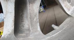 Диски на а/м Toyota LC Prado с зимней резиной за 150 000 тг. в Петропавловск – фото 4