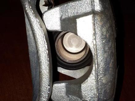 Суппорт Лэнд крузер 200 за 50 000 тг. в Актау – фото 7