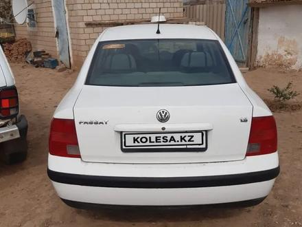 Volkswagen Passat 1997 года за 1 600 000 тг. в Уральск – фото 5