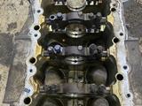 Блок двигателя Лексус 570 за 600 000 тг. в Актау – фото 2
