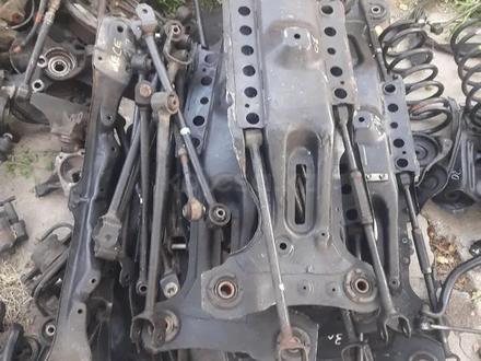 Балка задняя Toyota Highlander передний привод за 30 000 тг. в Алматы