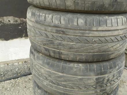 Резина на 16 за 20 000 тг. в Алматы – фото 2