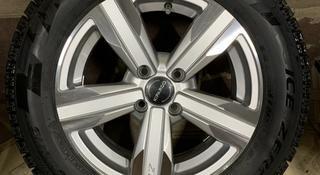 Комплект зимних колес в сборе за 208 000 тг. в Шымкент