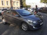 Hyundai Solaris 2011 года за 2 850 000 тг. в Уральск – фото 2