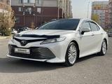 Toyota Camry 2019 года за 15 300 000 тг. в Шымкент