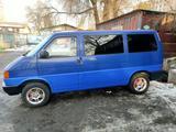 Volkswagen Caravelle 1992 года за 2 800 000 тг. в Алматы