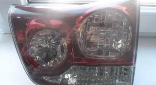 Фонарь крышки багажника Lexus RX330 за 100 тг. в Алматы