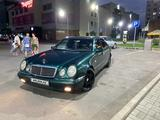 Mercedes-Benz E 280 1997 года за 2 600 000 тг. в Туркестан – фото 2