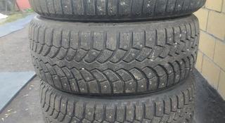 Шипованные колеса bridgestone 235/55/18 за 60 000 тг. в Караганда