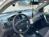 Chevrolet Aveo 2011 года за 2 900 000 тг. в Актау – фото 4