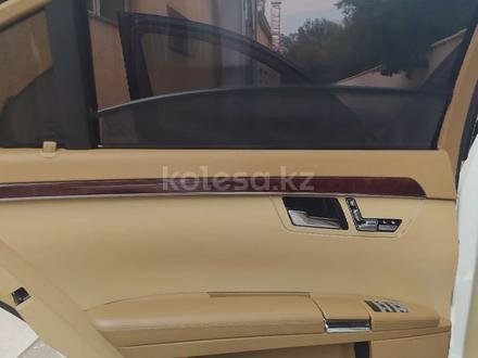 Mercedes-Benz S 500 2007 года за 5 500 000 тг. в Тараз – фото 2