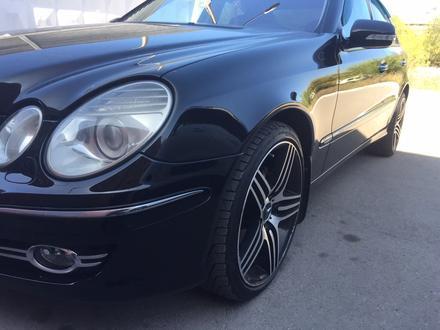 Mercedes-Benz E 230 2008 года за 5 500 000 тг. в Караганда – фото 8