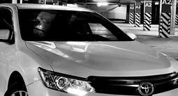 Toyota Camry 2014 года за 11 400 000 тг. в Павлодар – фото 2
