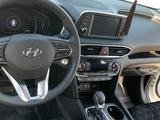 Hyundai Santa Fe 2019 года за 14 500 000 тг. в Костанай – фото 2