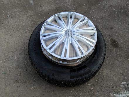Комплект дисков с шинами 215/65/16 за 100 000 тг. в Алматы – фото 5