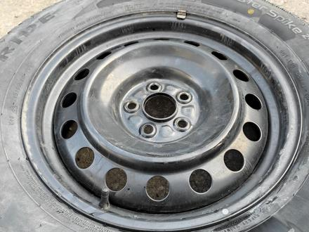 Комплект дисков с шинами 215/65/16 за 100 000 тг. в Алматы – фото 6