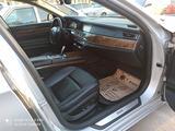 BMW 750 2010 года за 7 500 000 тг. в Тараз – фото 5