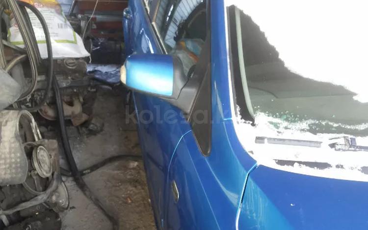 Дверь Форд Фокус 2 правые хатчпек 2007г за 1 000 тг. в Костанай