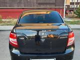 ВАЗ (Lada) Granta 2190 (седан) 2015 года за 2 900 000 тг. в Актобе – фото 3