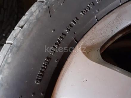 Комплект шин с дисками за 80 000 тг. в Алматы – фото 2