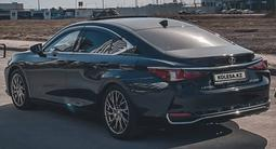 Lexus ES 250 2018 года за 20 500 000 тг. в Нур-Султан (Астана) – фото 2