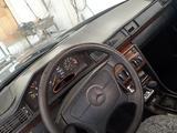 Mercedes-Benz E 220 1992 года за 1 000 000 тг. в Кызылорда – фото 2