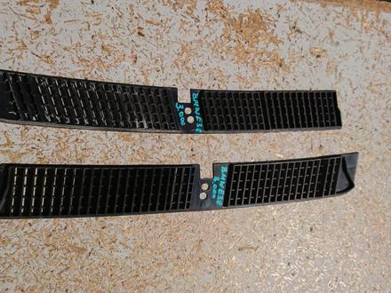 Решетки на БМВ е38 за 3 000 тг. в Алматы