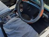Mercedes-Benz E 220 1996 года за 1 450 000 тг. в Тараз – фото 3