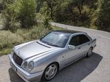 Mercedes-Benz E 500 1998 года за 4 200 000 тг. в Алматы – фото 4