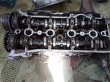 ГБЦ (Головка блока цилиндров) на Тойота Авенсис двигатель 1AZ D4 за 35 000 тг. в Алматы