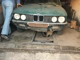 BMW 518 1985 года за 450 000 тг. в Семей