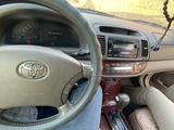 Toyota Camry 2005 года за 5 600 000 тг. в Актау – фото 4