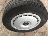 Шины с железными дисками за 45 000 тг. в Боралдай – фото 5