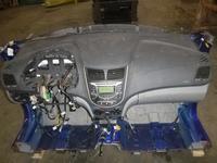 Панель приборов торпеда на hyundai accent2010-17 за 125 000 тг. в Актау