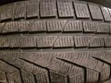 Pirelli комплект 225-55-17 за 55 000 тг. в Караганда