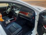 Toyota Camry 2013 года за 8 200 000 тг. в Уральск – фото 3