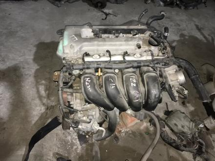 Двигатель 1zz Avensis Corolla за 370 000 тг. в Семей – фото 2