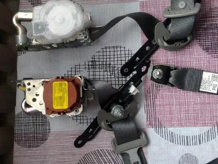 Ремни безопасности перед на камри 50 за 40 000 тг. в Караганда – фото 3