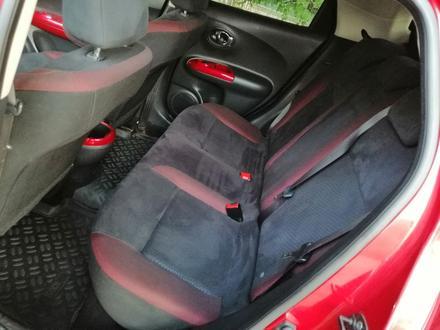 Nissan Juke 2012 года за 3 150 000 тг. в Уральск – фото 13